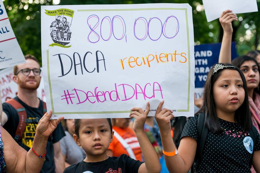 Juiz Federal da Califórnia bloqueia Trump de encerrar DACA