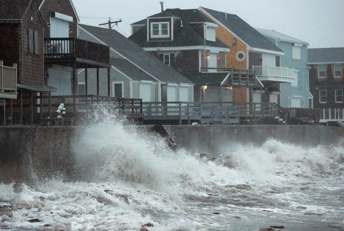 Prefeito de Boston prepara cidade para possível inundação