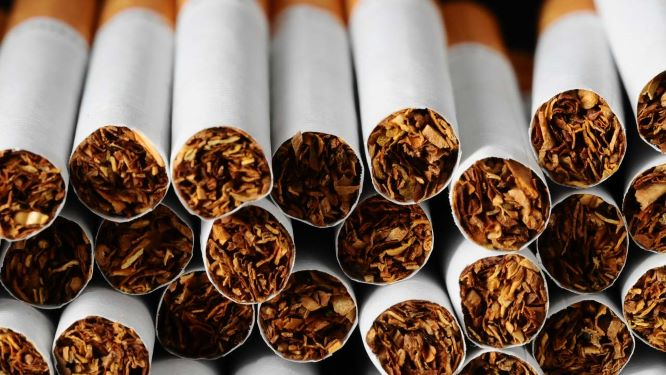 Nova lei aumenta idade mínima para compra de tobaco para 21 anos