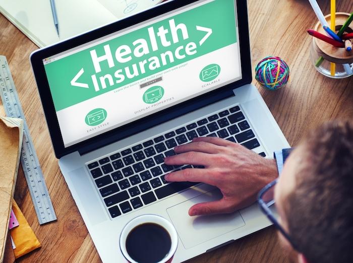 Governo oferece locais especias com assistência em português para adquirir planos de saúde