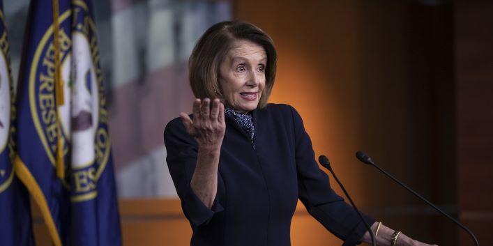 Democratas elegem Pelosi e assumem maioria no Congresso