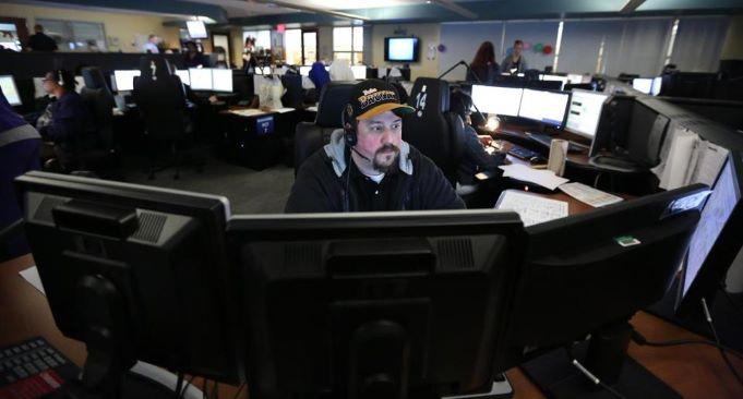 Mensagem de texto para o 911 é a nova opção para emergências