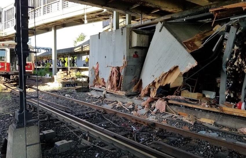 Metrô linha vermelha continuará operando lentamente, após acidente