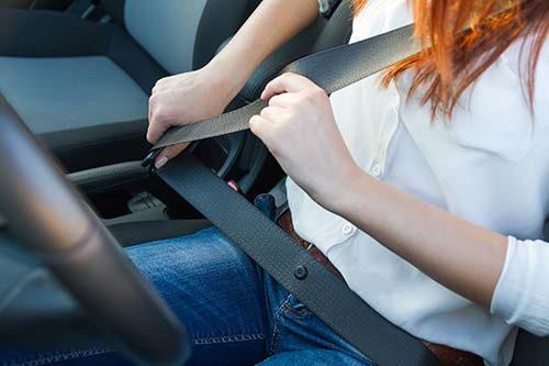 seat-belt-wearing