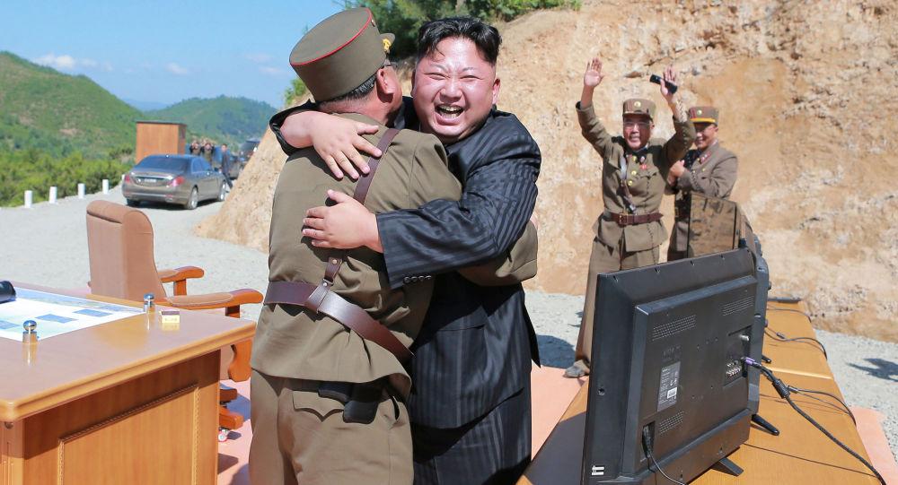 Coreia do Norte afirma ter míssil capaz de atingir 'todo o continente dos EUA'