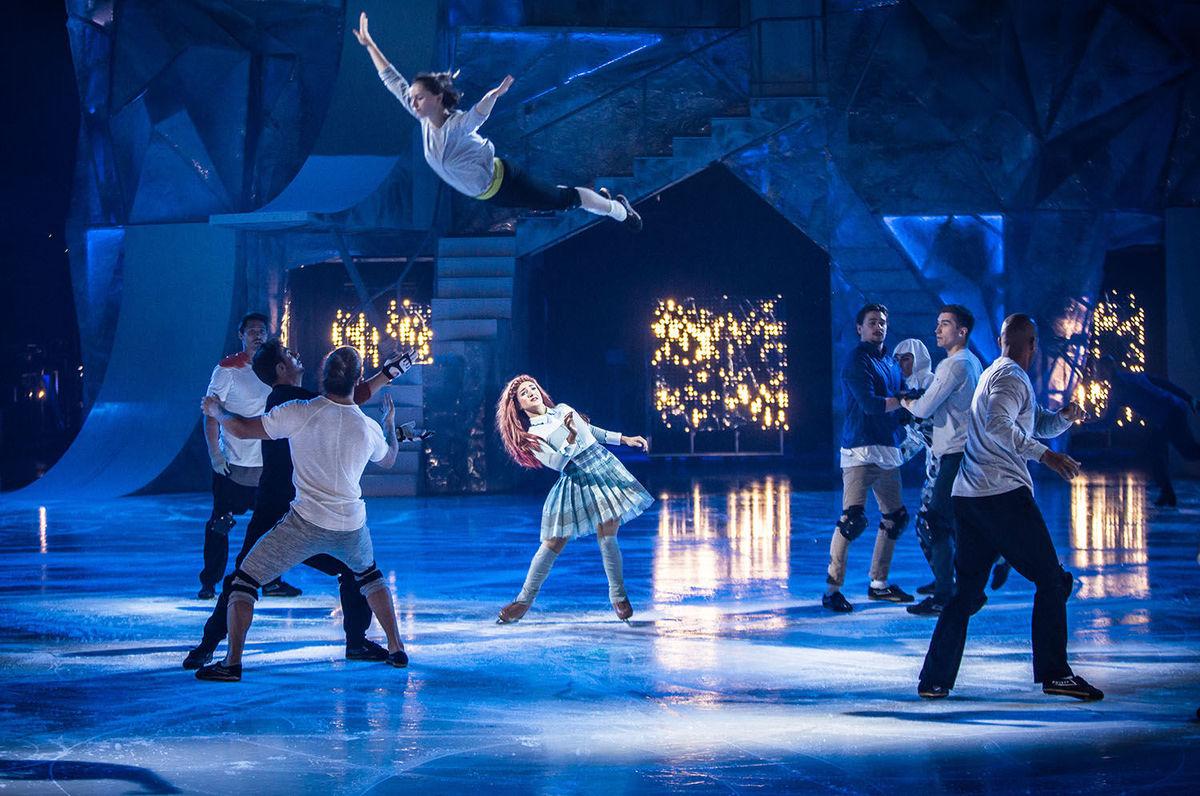 """O primeiro show """"Crystal"""" do Cirque du Soleil traz velocidade, acrobacias ao DCU Center em Worcester"""