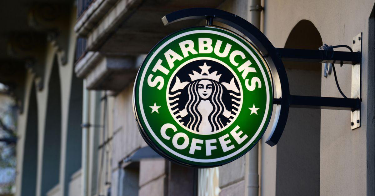 Starbucks fechará mais de 8 mil lojas para treinamento obrigatório sobre racismo