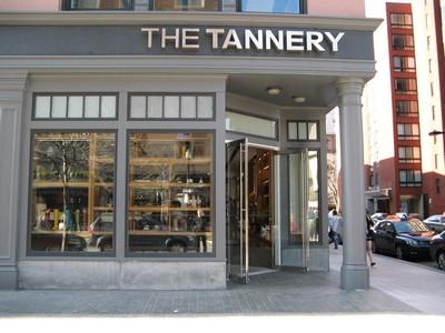 Loja de luxo em Boston é processada por discriminação