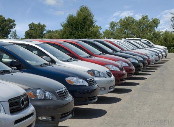 Revendedora de carros usados faz acordo judicial de quase $1 milhão
