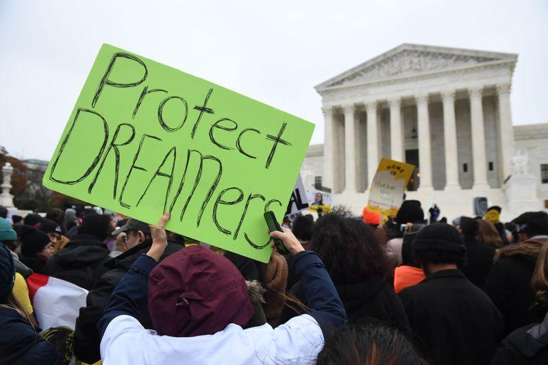 Suprema Corte parece pronta para deixar Trump terminar o programa DACA